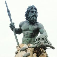 king neptune statue attraction in va beach