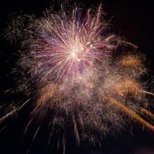 virginia beach events fireworks extravaganza