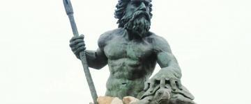 king neptune statue attraction in va beach